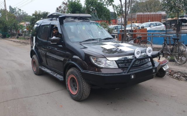 Tata Safari Storme Custom (2)