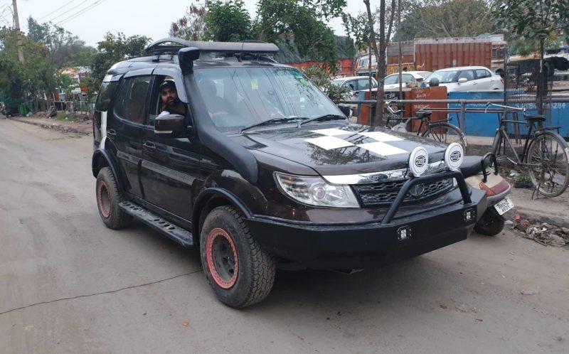 Tata Safari Storme Custom (2)