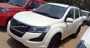 Mahindra XUV500 W3