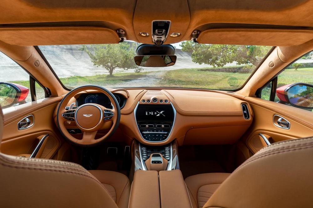 Aston Martin DBX dash autoindica